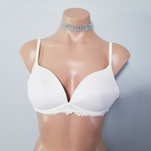 Ambrielle white push up padded bra 36A